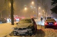 Непогода обесточила 170 населенных пунктов в разных областях Украины