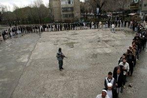 Влада Афганістану отримала понад 3000 скарг через порушення на виборах
