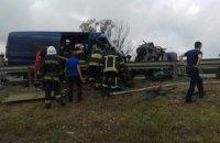"""Три человека погибли и более 10 получили травмы в ДТП на трассе """"Киев-Чоп"""""""