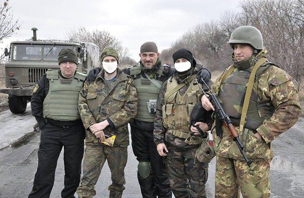 Богдан з бійцями на Сході