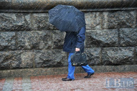В среду в Киеве обещают мокрый снег с дождем