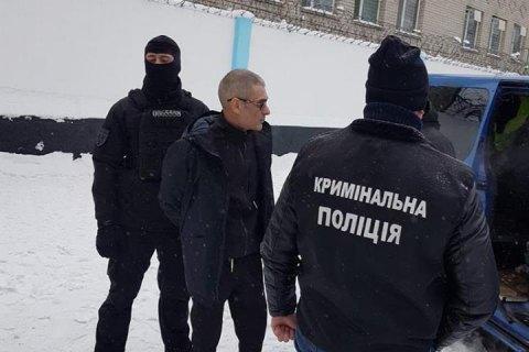 """Поліція видворила з України після трирічного ув'язнення кримінального авторитета на прізвисько """"Арчі"""""""