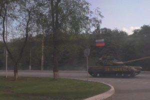 Терористи намагаються повернути контроль над Луганськом