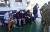 """Спецпризначенці СБУ штурмували судно біля порту """"Южний"""" (оновлено)"""