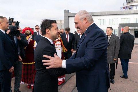 Лукашенко поблагодарил Зеленского за теплый прием и пригласил его в Минск