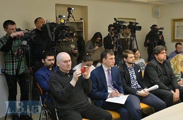 Крайний справа в первом ряду - Маркиян Лубкивский, рядом - Богдан Ференц