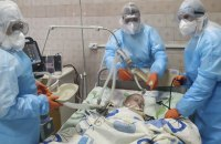 В Україні з початку епідемії від коронавірусу померло двоє дітей