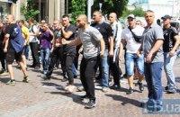 """Прокуроры говорят, что """"держат на крючке"""" подозреваемых в избиении журналистов"""