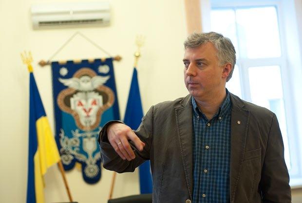 Сергей Квит не считает, что совершил акт цензуры, закрыв Украинское тело