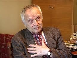 Главного по диаспоре заменят лояльным к Януковичу человеком