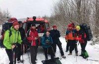 Спасатели отыскали пятерых киевлян в горах на Закарпатье