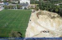 В Тернополе обнаружили большой нелегальный песчаный карьер