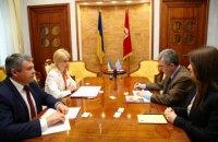 Светличная встретилась с послом Греции и главой Представительства НАТО в Украине