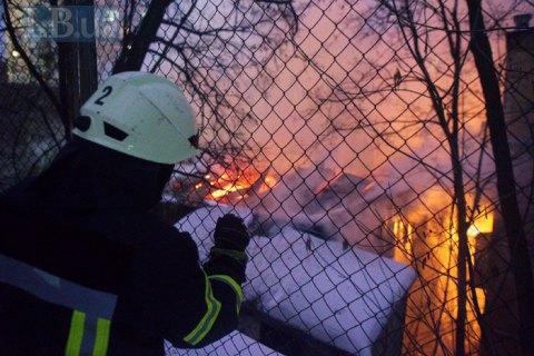 На Европейской площади в Киеве спасатели ликвидировали пожар в историческом здании (обновлено)