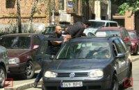 У центрі Києва невідомі викрали сина лівійського дипломата (оновлено)