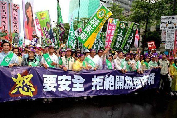 Власть Китая не привыкла к демократическим выступлениям