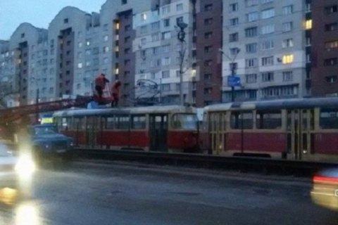 У Києві зупинився швидкісний трамвай