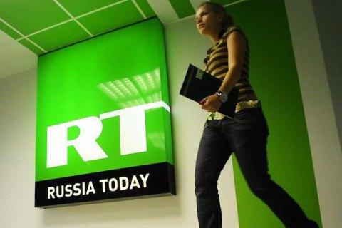 Правящая партия Франции отказала в аккредитации RT и Sputnik