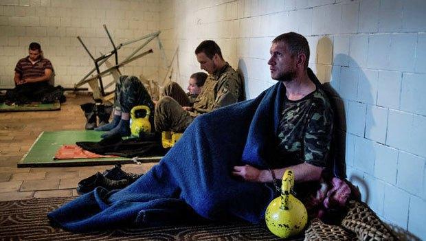 Українські військовополонені в Луганську