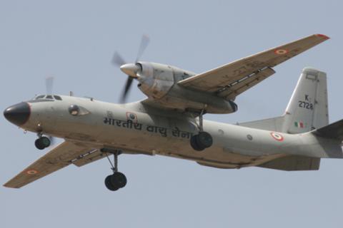 """Кабмін надав """"Антонову"""" державні гарантії для будівництва літака Ан-32"""