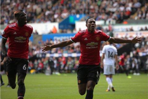 """Моуріньо погодився попрощатися з двома провідними гравцями """"Манчестер Юнайтед"""", - Daily Mail"""