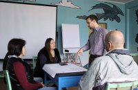 Open School: як херсонці борються з «благодійністю» у школах