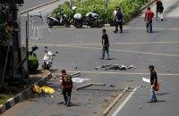 Арестованы трое подозреваемых в причастности к терактам в Джакарте (обновлено)