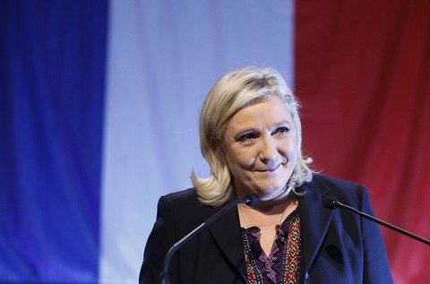 Партия Ле Пен проиграла второй тур местных выборов во Франции