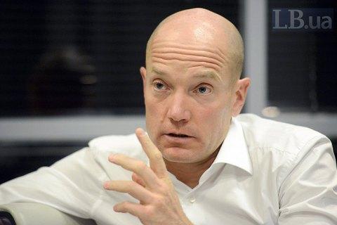 Фіала заявив, що не потрапляє під критерії олігарха