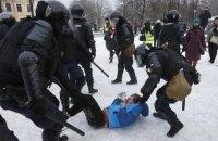 """Україна закликала до санкцій проти Росії за """"брутальне насильство"""" під час розгону акцій протесту"""