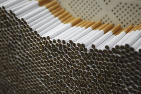 Кожна викурена сигарета зменшує тривалість життя на 5 хвилин і 30 секунд, - дослідження