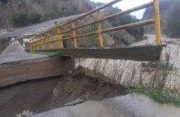 В Італії через сильну зливу впав автомобільний міст