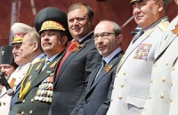 Добкин и Кернес приняли парад победителей