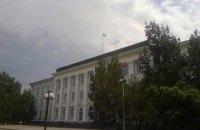 """В Северодонецке у депутата украли 500 тыс. гривен, которые он """"оставил без присмотра"""" во дворе горсовета"""