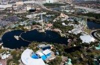 Десятки відвідувачів застрягли на атракціоні в парку відпочинку у Флориді
