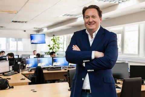 Україна вирішила видати США Владислава Халупського, фігуранта справи про крадіжку біржових прес-релізів