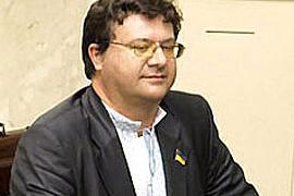 Оппозиция предлагает лишить пенсии Януковича и Азарова