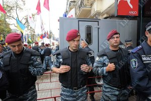 Тимошенко заранее привезли в суд