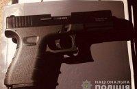 У Вишгороді чоловік улаштував стрілянину у дворі будинку через зйомки телепередачі