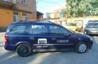 Грабители отобрали машину у киевского таксиста