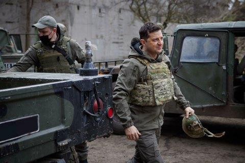 Эскалацией на востоке Украины Россия проверяет Запад, - Зеленский