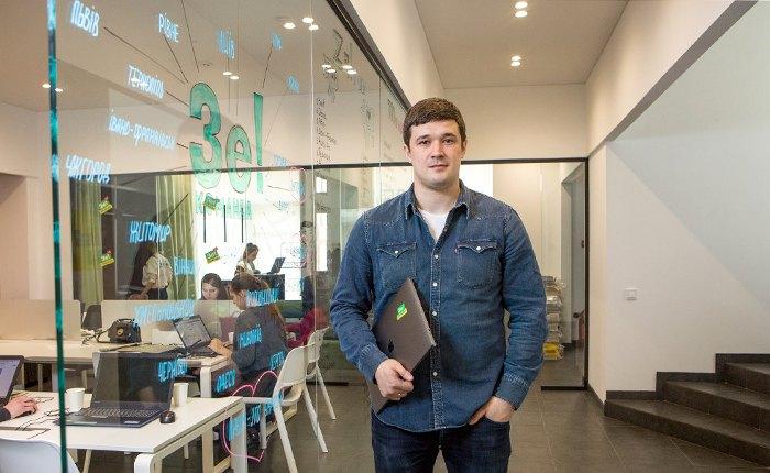 Михаил Федоров во время работы в предвыборном штабе Зеленкого