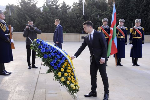 Азербайджан заявляет, что Украина депортировала оппозиционного блогера Исаева