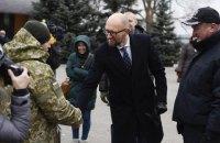 Яценюк и Аваков осмотрели обустройство государственной границы на Харьковщине