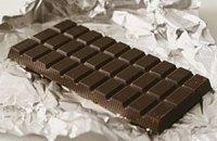 В Донецке 18-летним избирателям дарят шоколадки за участие в выборах