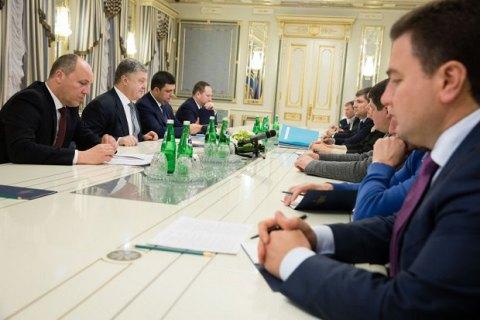 Стали известны подробности встречи Порошенко с лидерами парламентских фракций