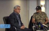 Лидера протестов в Ереване задержали после провала переговоров с премьер-министром