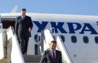 Янукович уже прилетел в Сочи