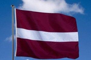 Російський військовий корабель і підводний човен вторглися в економічну зону Латвії