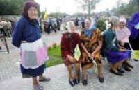 Уменьшить пенсионный возраст обещают КПУ и ОО